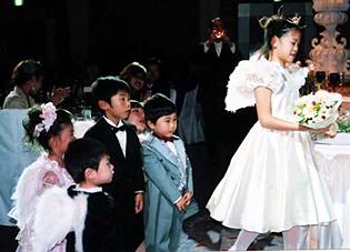 麻衣ちゃん(4年生)真伍君(6歳)亜優ちゃん(4歳)ヒカル君(3歳)晴智君(2歳)